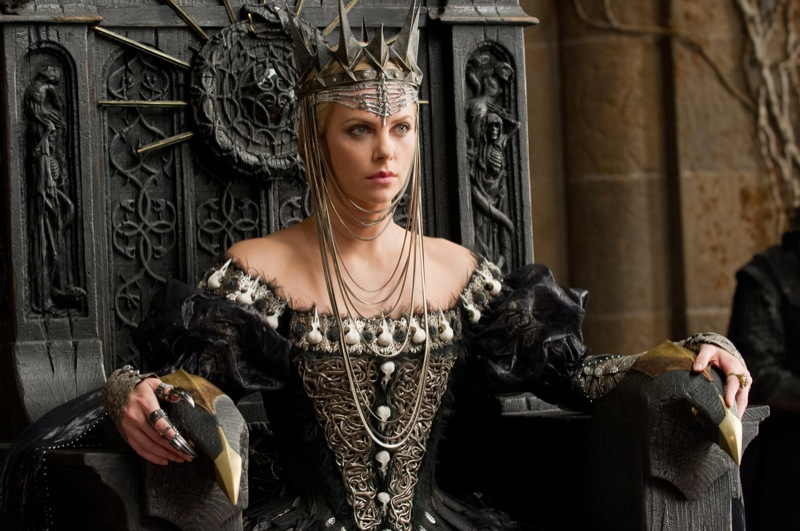 ดูหนัง-Snow-White-and-the-Huntsman